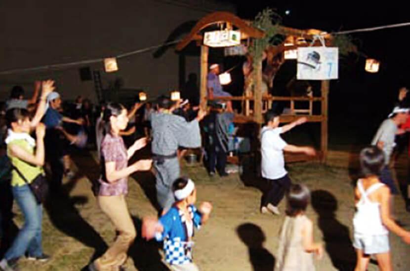 【写真】盆踊り